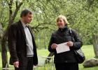 Europos parko prezidentas ir parko įkūrėjas G. Karosas su LDM filialo LM ISC LIMIS vedėja D. Mukiene. T. Kapočiaus nuotr.