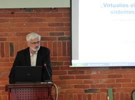 "Portalą www.epaveldas.lt pristato UAB ""Sintagma"" gen. direktorius dr. Albertas Šermokas. I. Endrijaitienės nuotr."