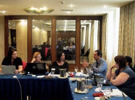 """Iš kairės: """"Europeanos"""" atstovė Julia Fallon bei projektą koordinuojantys Valentina Bachi, Antonella Fresa, Fred Truyen ir kiti susitikimo dalyviai"""". V. Jonkutės nuotr."""