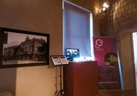 Ekspozicijos fragmentas, kuriame matyti Lietuvos dailės muziejų reprezentuojanti J.Bułhako fotografija.jpg