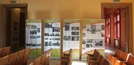 Stendinės parodos fragmentas iš Gelgaudiškio dvaro rūmų. Nuotr. D. Mukienės