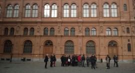 """Plenarinio susitikimo dalyviai praktiškai išbandė mobiliają aplikaciją """"Urban Explore"""" Rygos gatvėse. D. Snarskio nuotr."""